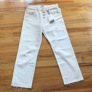 NWT Zara white denim jeans hi rise raw hem Sz 4